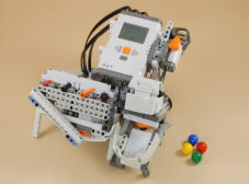 nxt mindstorm projects This robotic arm combines the power of the rcx and the nxt is possibly one of the most popular mindstorms projects robotsquare is currently being.